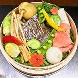 魚介だけにあらず!魅力的な逸品に生まれ変わる野菜【東京都】