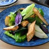 季節野菜の塩炒め