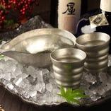 STAFFはほぼ全員利酒師資格保有者 お好みのお酒をご提案。