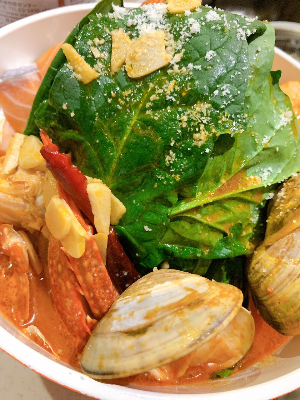 選べるパスタと海鮮チリトマト鍋の120分飲み放題付お得コース