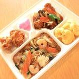 【デラックスセット】 酢豚、八宝菜、鶏唐揚げ、小海老の天ぷら