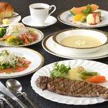 肉の持ち味を活かし、伝統と新しさをブレンドした洋食メニュー。