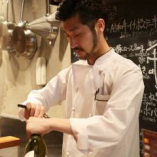 店長の鈴木です。 ワインのことなら任せて下さい。