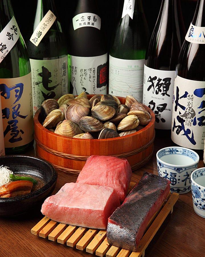 市場直送の魚介類もおすすめです。