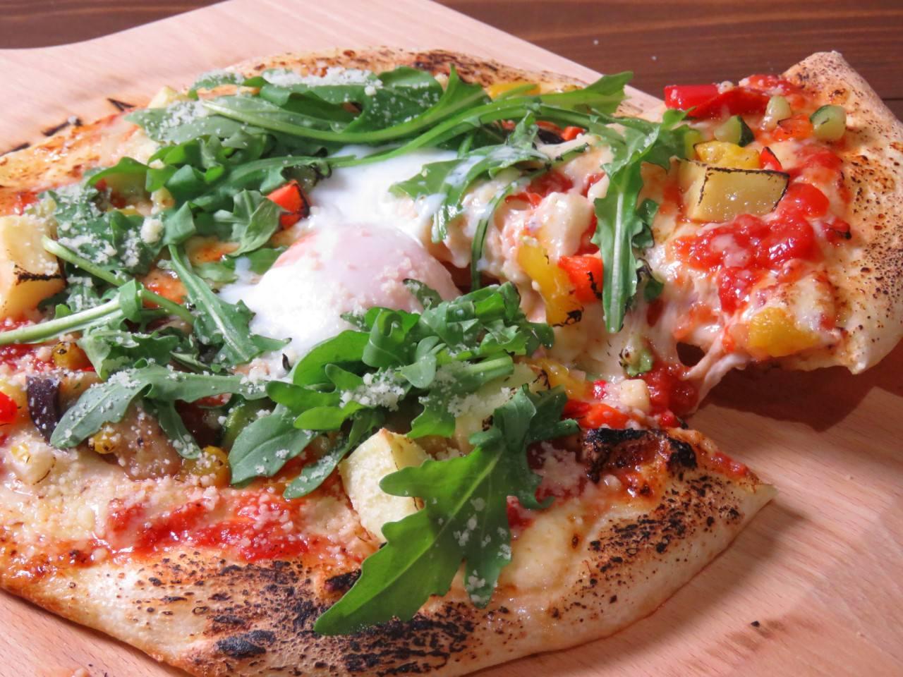 ◆自家製生地もっちりピザ