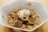 自家製のモツ煮も、信州太郎ポークを使用。大好評です!