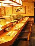 ゆっくり落ちついて お寿司をご堪能ください。