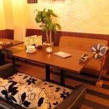 フカフカのソファーは、座り心地抜群♪大人気のソファ席は2名~4名様からOK!ご希望の方はお早めにご予約ください!