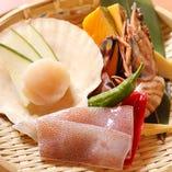 お肉だけでなく、海鮮にもこだわり◎生でも食べれる程新鮮です