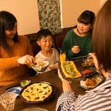 ご家族でのお食事も大歓迎。コース料理内容のアレンジも可能です