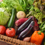 毎週土曜日の午前中は1階テラスにて産地直送のマルシェ(野菜の朝市)も開催中!