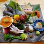 自慢の魚介はお寿司以外の一品料理でも楽しめます!