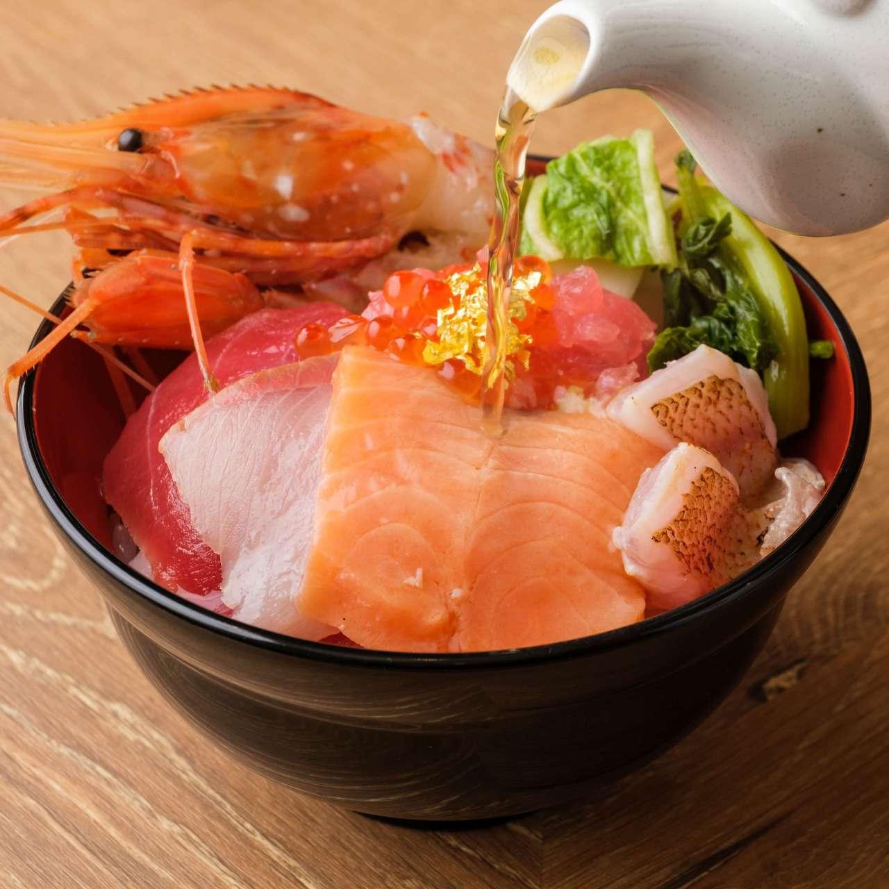 絶品!北陸の新鮮素材の海鮮茶漬丼