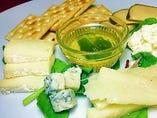 チーズの盛り合わせ 5種
