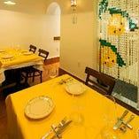 イタリアの街角レストランの雰囲気を味わえる空間