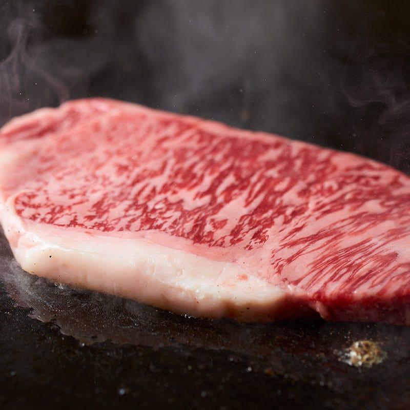 ステーキ・海鮮など鉄板焼きが充実☆