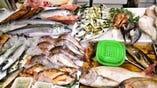 毎日、淡路島を始め産地直送の新鮮な魚を仕入れております♪
