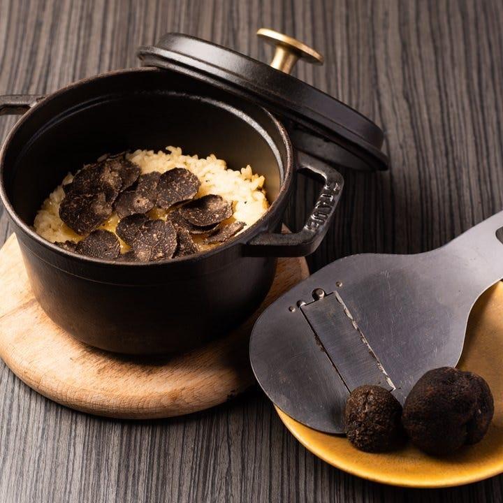 ◆名物・土鍋トリュフご飯◆