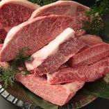 旨さへのこだわり 職人の目利きで厳選した牛肉を多数ご用意。