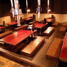 落ち着いた空間で食事を楽しむ♪