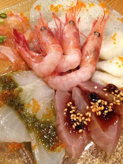 毎週金曜日は、築地祭り『伝説のカルパッチョ』限定10食です。