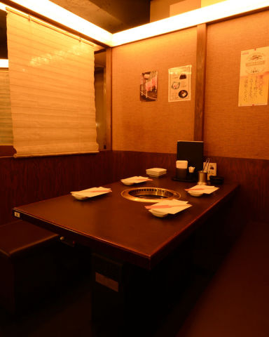 炭火亭 新橋店 店内の画像