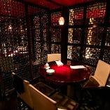 接待・会食に◎大小様々な個室、半個室風のお席がございます