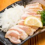 鳥取県大山で飼育日数を通常品より2週間程度長くし大きく育てた完熟鶏「むね肉霜降りポン酢」