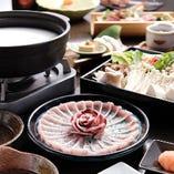 旬鮮魚の豆乳しゃぶしゃぶメインの【極】コース。年中ございますので旬の贅沢感を是非!
