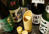 日本酒にも最大のこだわりを持ってご提供!十四代、田酒、而今、獺祭、悦凱陣等の限定のお酒の他、鳳凰美田、喜久酔、飛露喜、虎屋千代寿等、本当に厳選したお酒のみ揃えました。