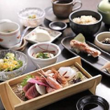 和食会席コースは6,800円~・ご接待やデート等で…個室確約。