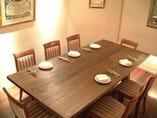 グループの会食にぴったり。 個室もご用意できます。