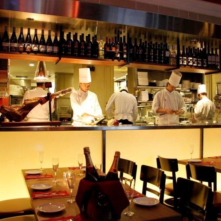 銀座 カルナバル 肉バル・イタリアン