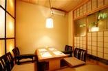 記念日・接待・お顔合せ・会食にお勧めな個室を完備。
