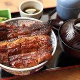 うな丼【上】 小鉢、香の物、吸物、茶碗蒸し付
