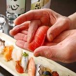 ◇【職人×新鮮鮮魚】  職人が長年の経験で提供する最高の一握り