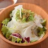 カリカリジャコのシャキシャキ大根サラダ