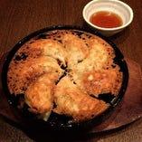 鉄鍋餃子(7個入)