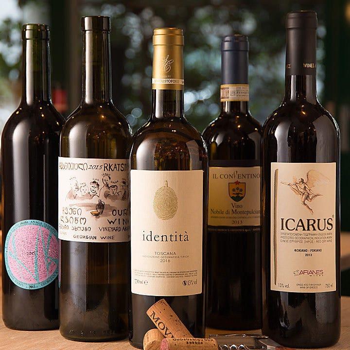 好きなものをお好きに楽しんでほしい…自然派ワイン豊富にご用意