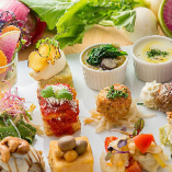 """""""カラダが喜ぶお料理""""と""""笑顔溢れる時間""""を こだわり自然野菜や厳選肉をコースでお愉しみください"""