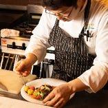 イタリアの一つ星野菜レストランで経験を積んだシェフが贈る心もカラダも喜ぶ絶品