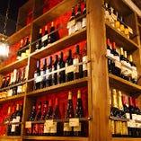 窯焼きピッツァと相性抜群のワインを 専属ソムリエがご紹介いたします