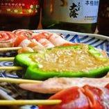 自慢のオリジナルスパイスで仕上げた串をご賞味ください。