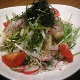 大根と湘南しらすのサラダ
