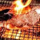 おすすめメニュー No.3 国産牛サーロインの炭火焼ステーキ