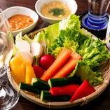 季節野菜のざる盛り