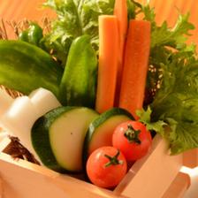 県内産の新鮮な野菜を使用!