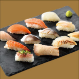 お寿司もリニューアル♪ ¥2,680~のコースでご注文頂けます!