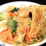 人気の前菜・炒物・揚物・飯・麺など120種の中華が食べ放題!