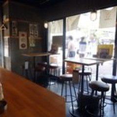 煮込み・もつ焼き 八郎酒場 桜木町店 店内の画像